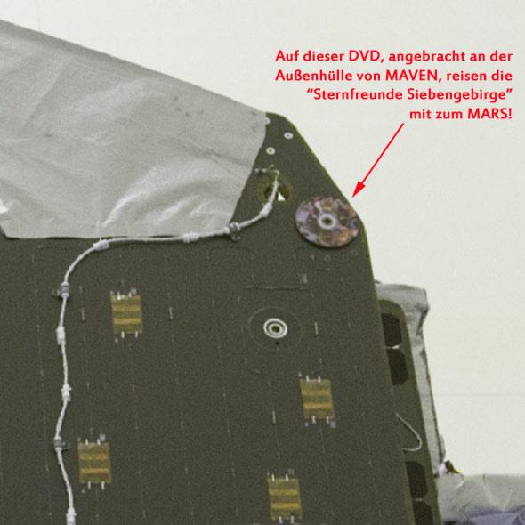 MAVEN und die DVD mit den Mitreisenden, credit Kennedy Space Center