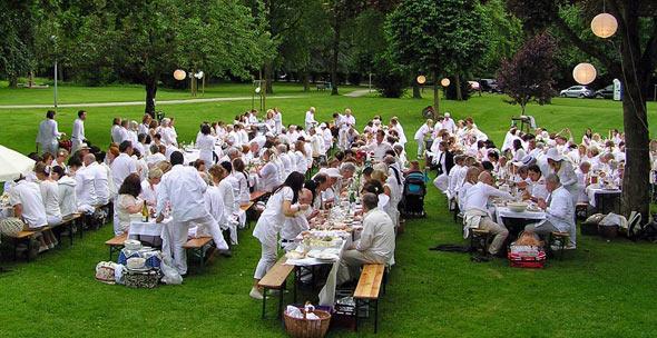 Diner en blanc im Park Reitersdorf, (c) C. Preuß