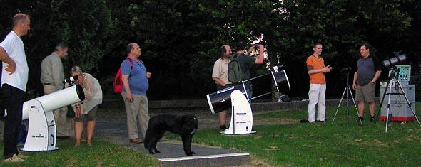 Sternfreunde mit ihren Teleskopen, (c) C. Preuß