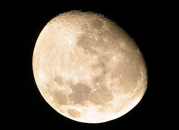 Blick auf den Mond, (c) C. Preuß
