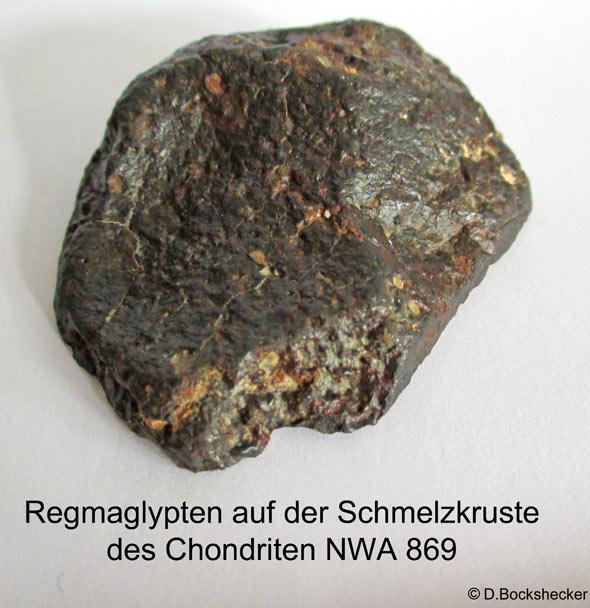 Regmaglypten auf der Oberfläche des Meteoriten NWA 869, (c) D.Bockshecker